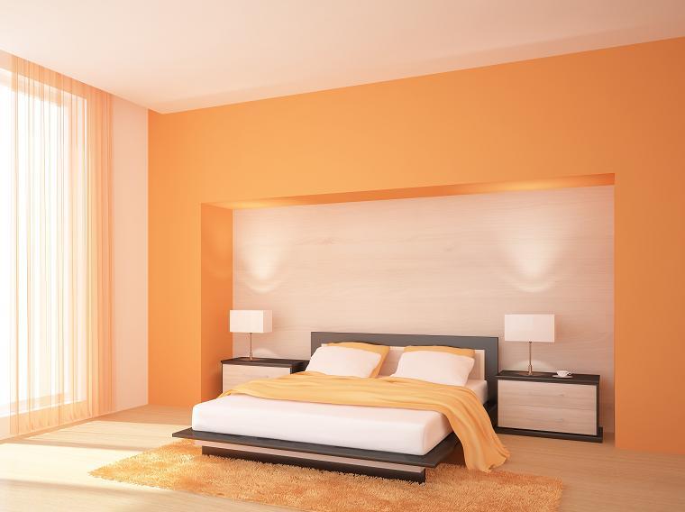 jak udekorować ścianę za wezgłowiem łóżka